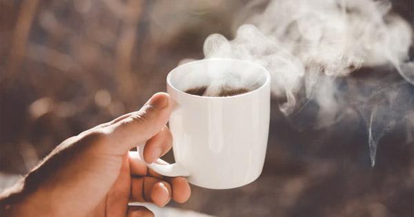 dricka för mycket kaffe